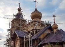 Купола и кресты над Гаджиево